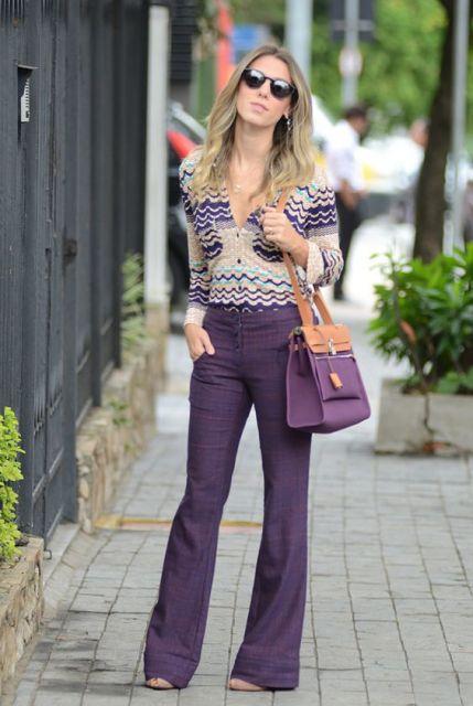 Calça Flare Violeta Blusa Estampada
