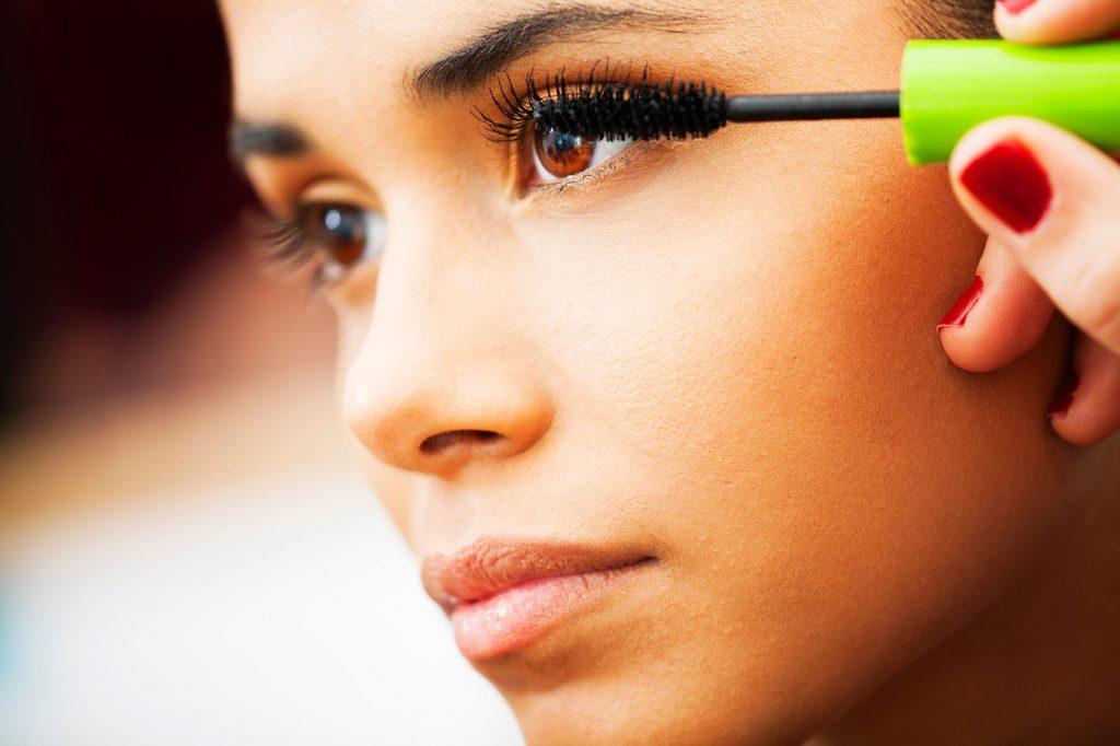 como fazer maquiagem leve by Sophi Moda Evangélica